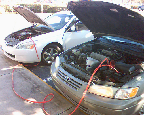 how to use jumper cables